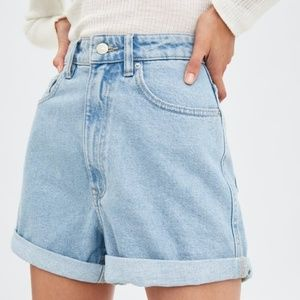 Zara denim shorts light blue size Us 6